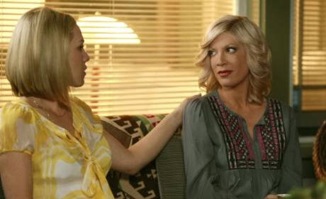 90210 Bids Farewell to Tori Spelling... For Now