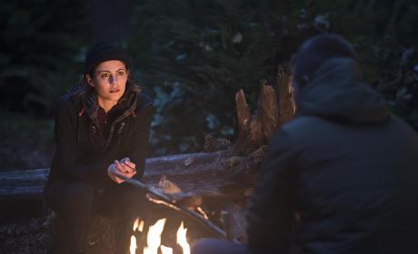 Warm by the Fire - Arrow Season 3 Episode 16