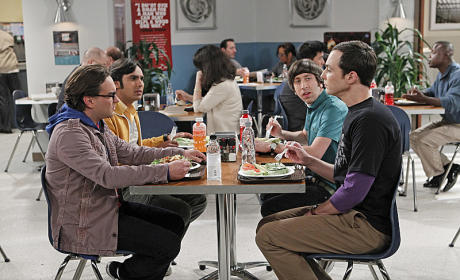 The Big Bang Theory Photo Preview: A Personal Crisis