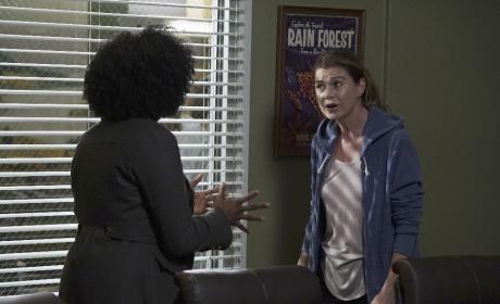 Confrontation - Grey's Anatomy Season 13 Episode 1
