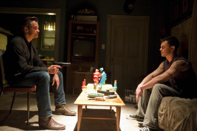 Raylan Talks with Billy Mac