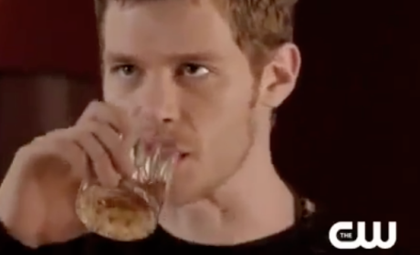The Originals Sneak Peeks: Typing and Taunting