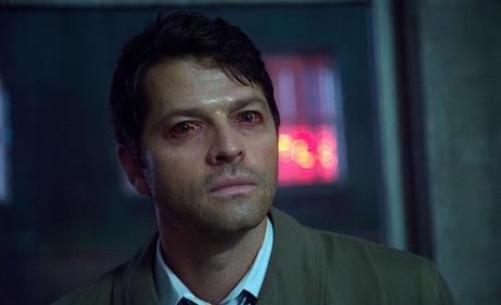 Red eyes Castiel - Supernatural Season 11 Episode 3