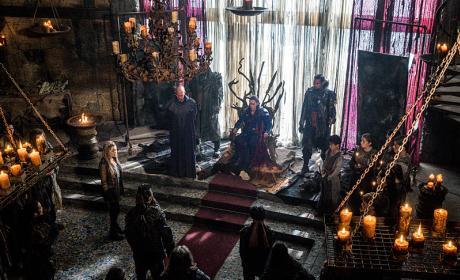 Clansmen Congregating - The 100 Season 3 Episode 7