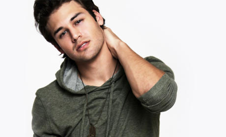 Heroes Reborn Adds Ryan Guzman to Cast