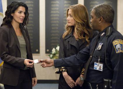 Watch Rizzoli & Isles Season 2 Episode 1 Online