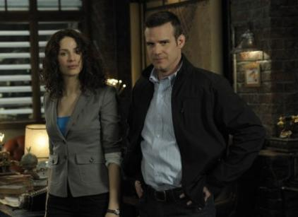 Watch Warehouse 13 Season 2 Episode 8 Online