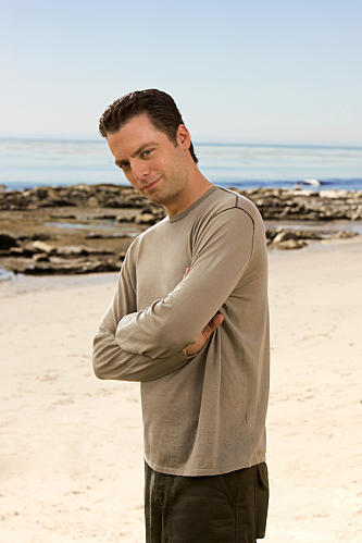 Justin Kirk as Andy Botwin