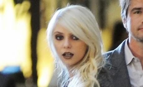Taylor Momsen Loves Music, Hates Pants
