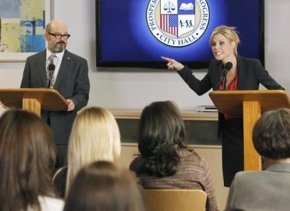 Watch Modern Family Season 3 Episode 13 Online