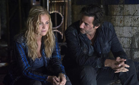 Adult Supervision - The 100 Season 2 Episode 9