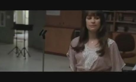 "Glee Sneak Peek: Lea Michele Belts Out ""Go Your Own Way"""