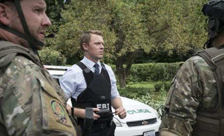Ressler leads the team - The Blacklist Season 4 Episode 2
