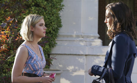 The Doctor Is Back - Pretty Little Liars Season 6 Episode 3