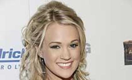 Carrie Underwood Joins Motley Crue