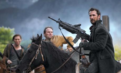 Falling Skies Books Return to Comic-Con