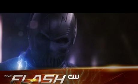 The Flash Promo: New Female Speedster, Zoom Unmasked!