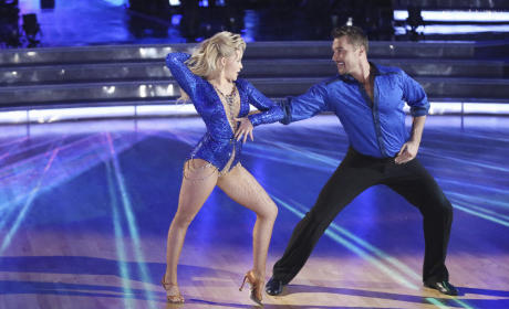 Chris and Witney: Cha Cha - Dancing With the Stars Season 20 Episode 2