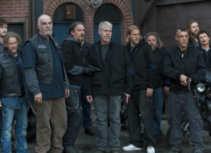 Watch Sons of Anarchy Season 3 Episode 8 Online