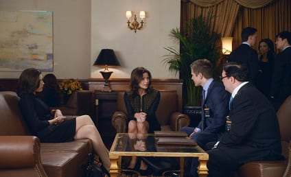 The Good Wife Photo Preview: Big Trouble in The Big Apple?