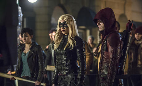 Arrow: Watch Season 3 Episode 12 Online