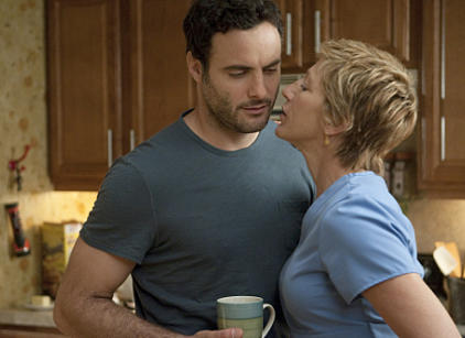 Watch Nurse Jackie Season 3 Episode 3 Online