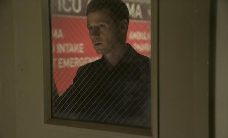 Just Missed - Gotham Season 3 Episode 6