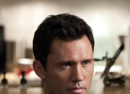Watch Burn Notice Season 3 Episode 14 Online