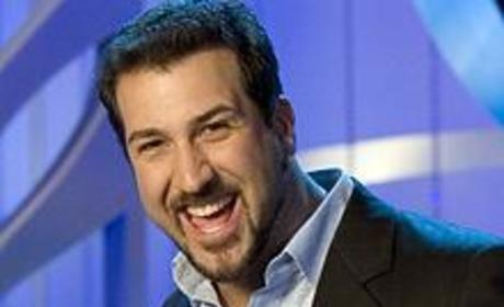 Joey Fatone Gets Ready for The Singing Bee