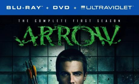 Arrow Giveaway: Win Season 1 on Blu-Ray/DVD!