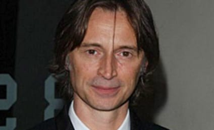 Robert Carlyle to Lead Stargate Universe