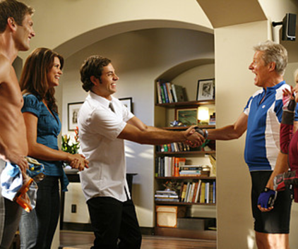 Watch Chuck Season 2 Episode 9