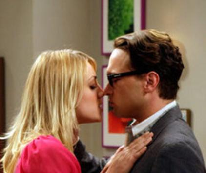 Watch The Big Bang Theory Season 1 Episode 17
