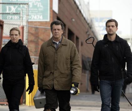 Watch Fringe Season 1 Episode 16