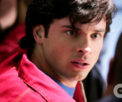 Watch Smallville Season 9 Episode 1