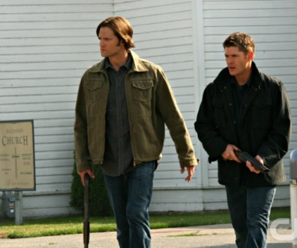 Watch Supernatural Season 5 Episode 2
