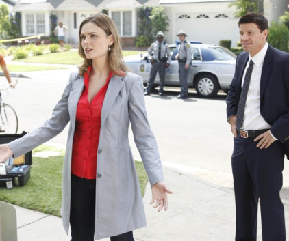 Watch Bones Season 5 Episode 4