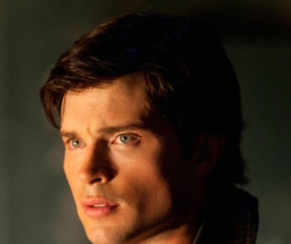 Watch Smallville Season 9 Episode 3