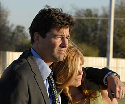 Watch Friday Night Lights Season 4 Episode 1