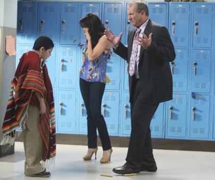 Watch Modern Family Season 1 Episode 6