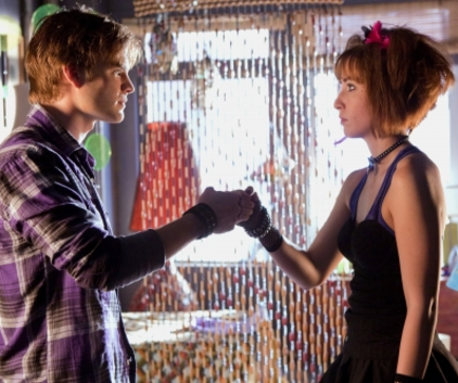 Watch Smallville Season 9 Episode 8