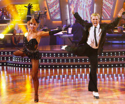Karina Smirnoff and Aaron Carter Pic