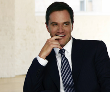 Watch White Collar Season 1 Episode 6