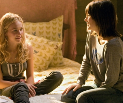 Watch Life Unexpected Season 1 Episode 1