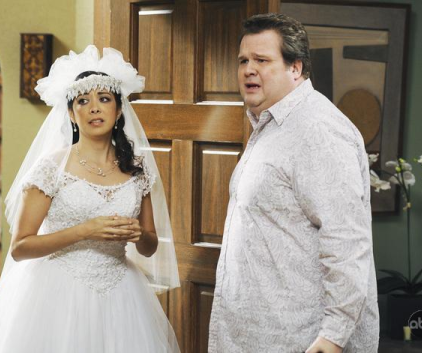 Watch Modern Family Season 1 Episode 12