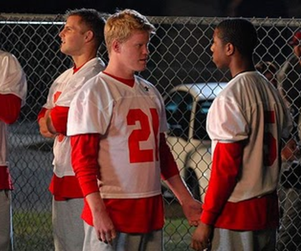 Watch Friday Night Lights Season 4 Episode 9