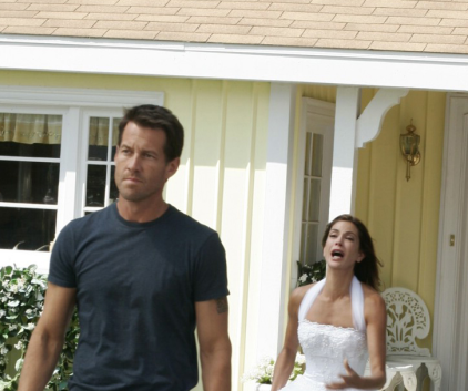 Watch Desperate Housewives Season 2 Episode 6