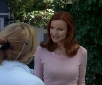 Watch Desperate Housewives Season 2 Episode 15