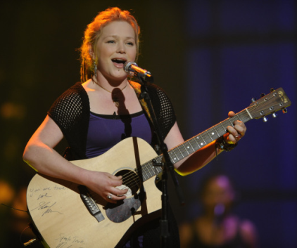 Crystal Bowersox on Stage
