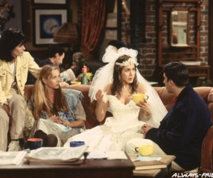Watch Friends Season 1 Episode 1